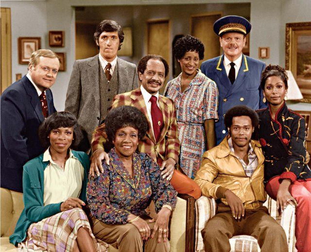 Still of Marla Gibbs, Paul Benedict, Franklin Cover, Mike Evans, Sherman Hemsley, Roxie Roker, Isabel Sanford, Berlinda Tolbert and Ned Wertimer in The Jeffersons