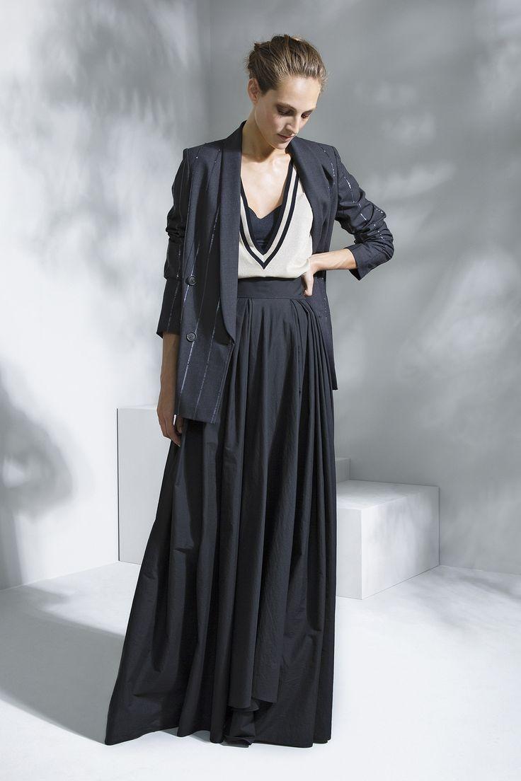 Brunello Cucinelli Spring 2016 Ready-to-Wear Fashion Show