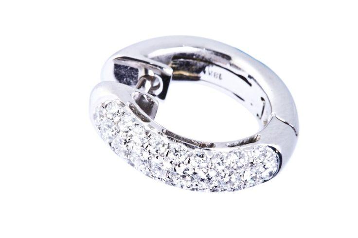 Aretes elaborados en Diamantes y Oro Blanco #jewellery #earrings #gold #luxury #diamonds