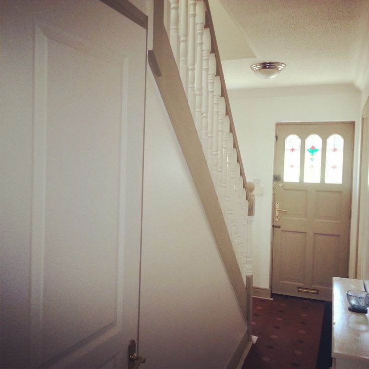 Hallway looks fantastic! Tara used #CountryGrey to transform the hallway using #ChalkPaint a decorative paint by #AnnieSloan