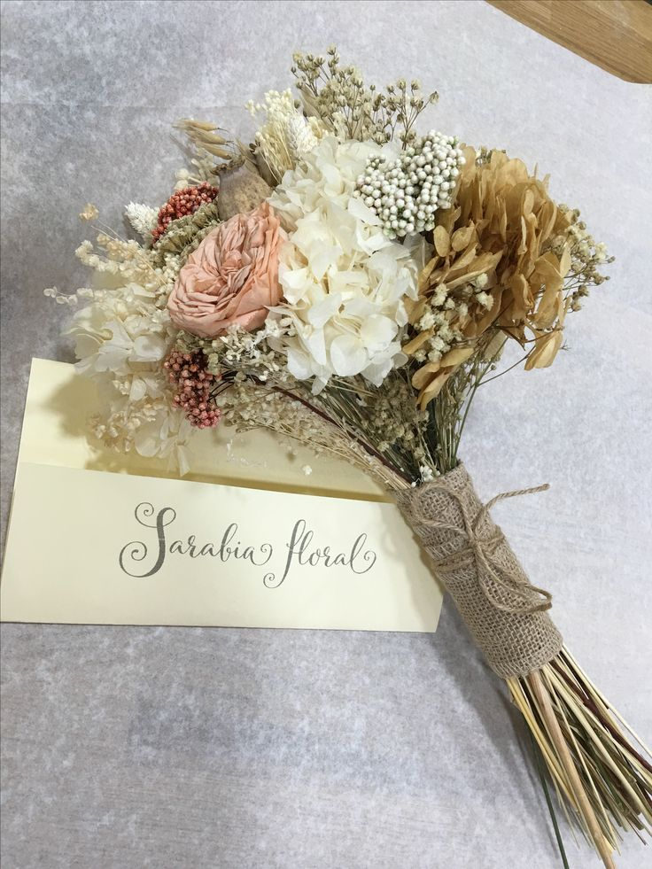 Ramo de novia. Flores preservadas.