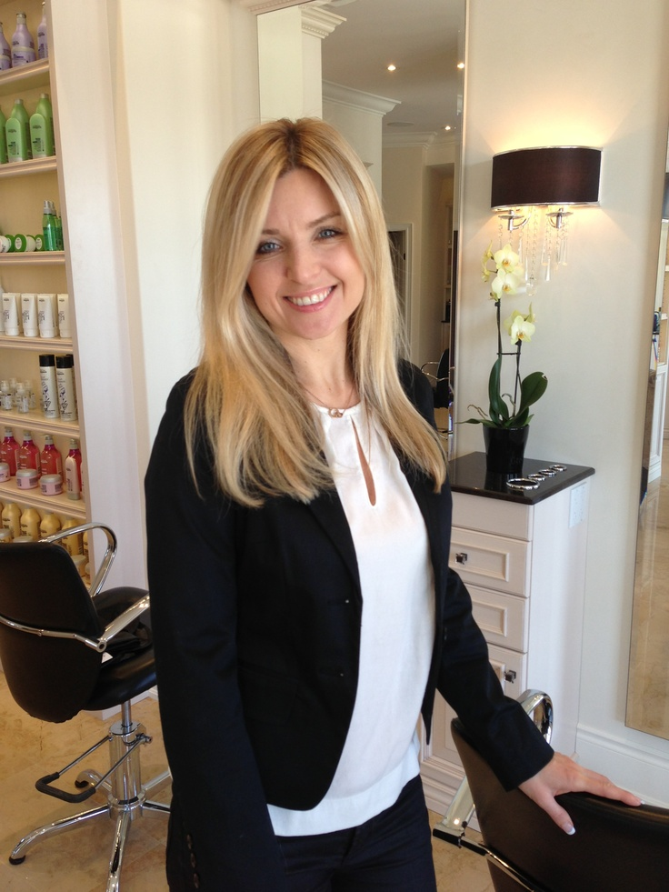 DiscoverMilton (DM) met with Salon Pure owner, Aneta Kazmierczak (Aneta), to learn more about her and her salon business. We had a highly engaging conversation with Aneta and are very excited to be able to share her special story with the Milton community.