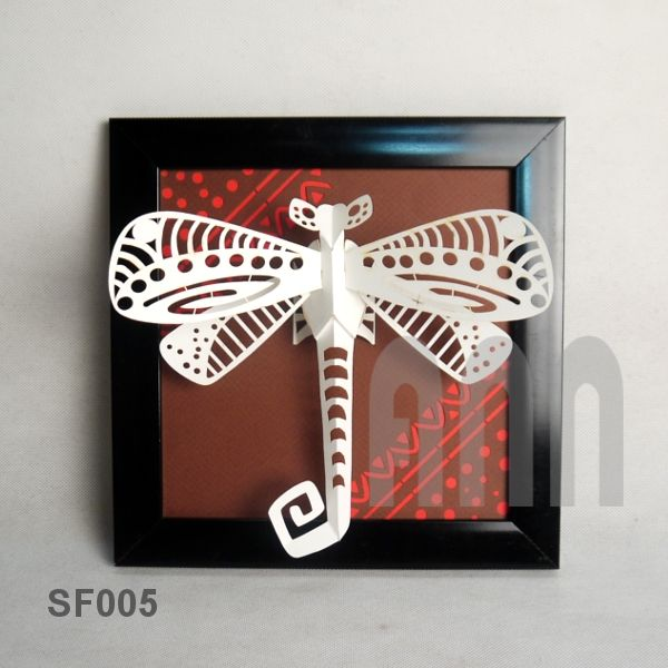 Dragonfly-paper-craft-picture-frame-1.jpg