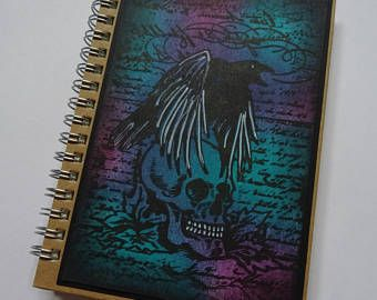 Raven journal, cranio notebook, jotter pagana, regalo pagana, libro di Halloween, Spooky notebook, calza filler, regalo di compleanno, libro di Halloween