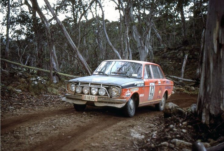 "Volvo 144S ""London - Sydney"" 1968"