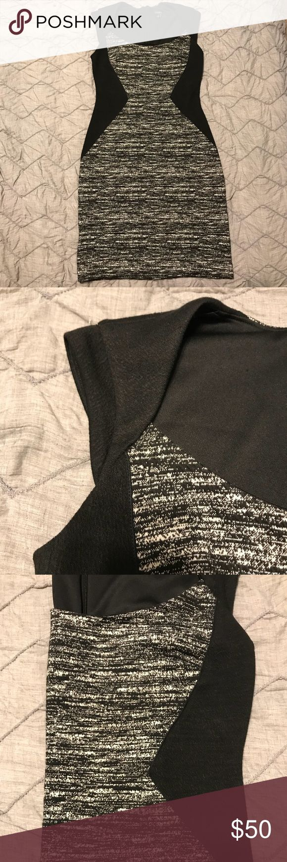 Ann Taylor Color Block Dress Size 0 color block dress, great for work! This dress is SOFT and feels a bit like a jersey sweater material so it's super comfortable but looks professional. Dress is 81% polyester, 18% rayon, and 1% spandex. Dry clean only. Ann Taylor Dresses Midi