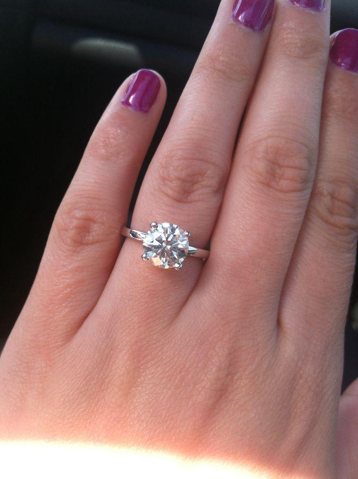 Engagement Ring 2 08 Carat Round Cut 14 Karat White