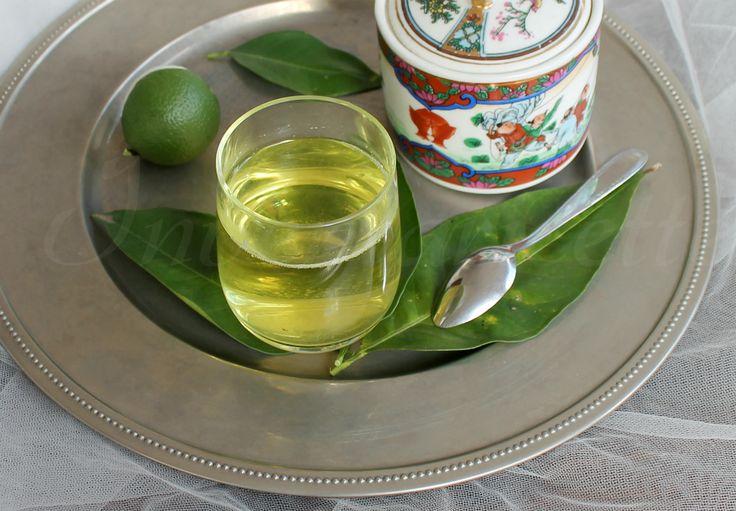 Decotto dimagrante anticellulite A base di pompelmo oppure di arancia amara (una speciale varietà di arancia, nata dall'innesto tra pomelo e mandarino. Ma