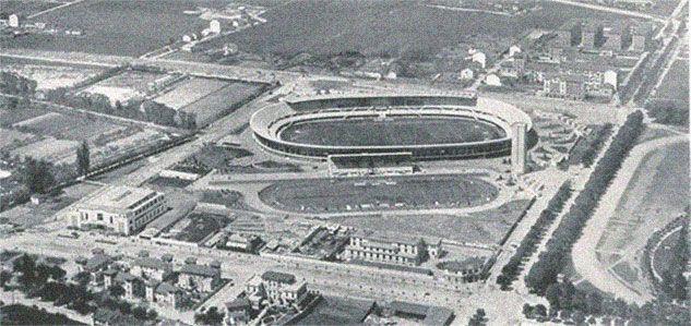 Torino-Lo Stadio Comunale ed il paesaggio intorno ancora con pochissimi edifici
