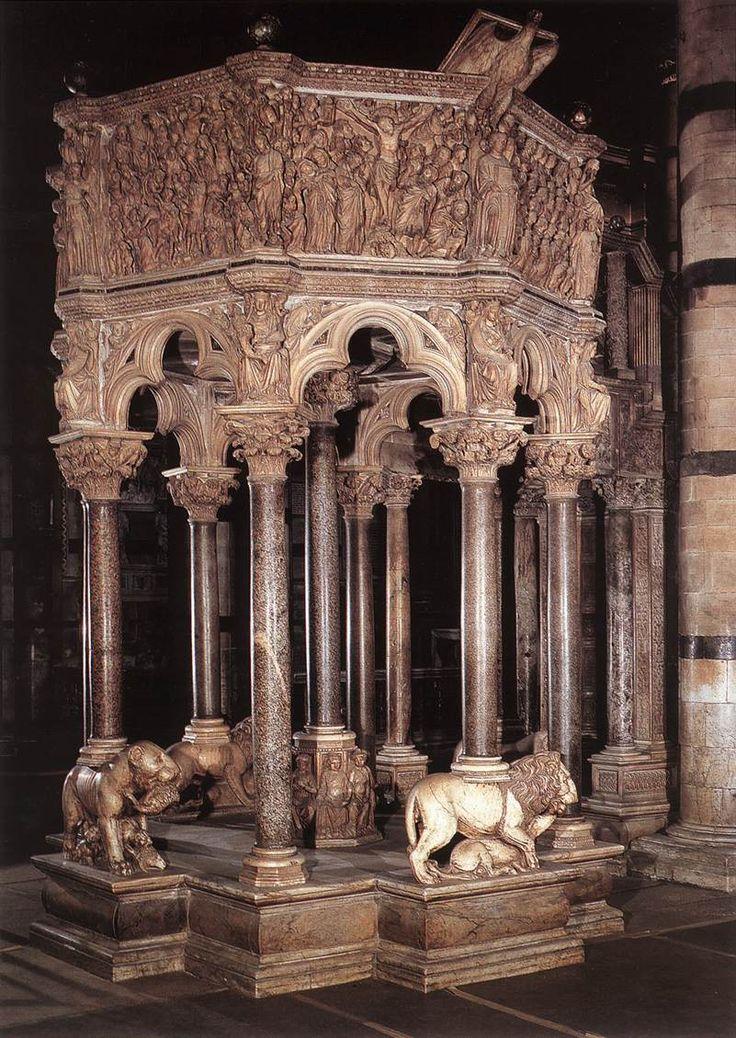púlpito del Baptisterio de la Catedral de Siena de Nicola Pisano. -Escultura gótica italiana.