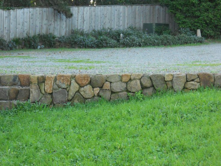 Dry Stack Stone Retaining Wall Cottage Gardens And