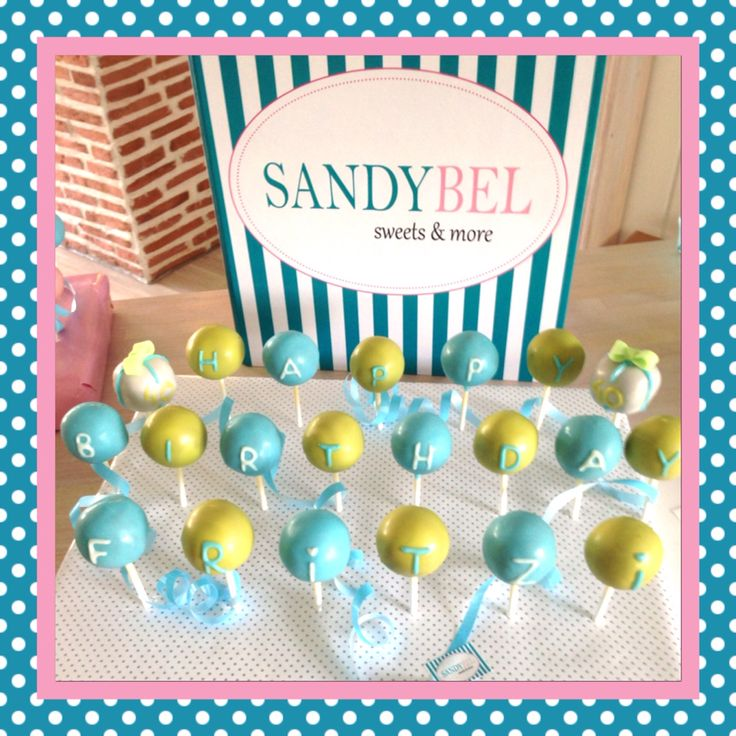 Say it with #cakepops by #sandybel #happybirthday #sweets