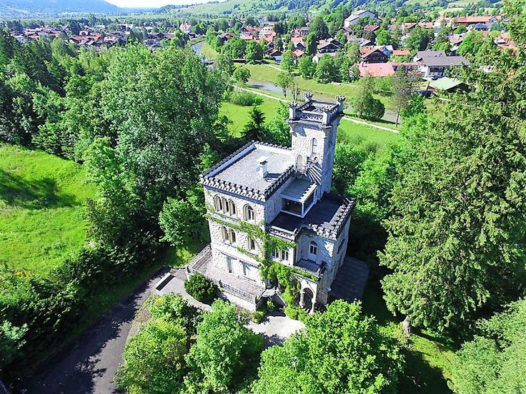 Ammer Schlössl, the perfect #castle for lovers. Discover every corner of this property #Germany. #luxuryhomes #luxurylifestyle #billionaire #exclusive #amore #love