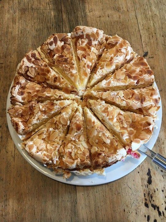 Himmlische Torte, ein tolles Rezept aus der Kategorie Torten. Bewertungen: 29. Durchschnitt: Ø 4,6.