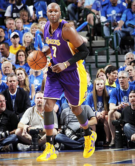 Lamar Odom playing for the Lakers in 2011