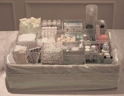 decorated bathroom at a wedding | Now THAT'S a fancy wedding bathroom baskets (good list in the ...