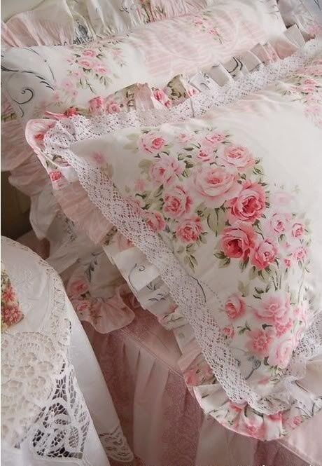 Shabby Chic Bed Pillows : Shabby Chic pillows Pinterest