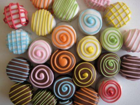 Mini alfajores decorados   Flickr - Photo Sharing!