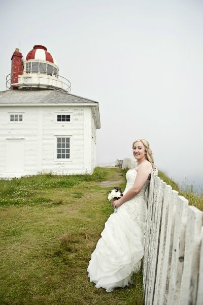Real Weddings: Danielle & Joseph's Newfoundland Elopement | Intimate Weddings - Small Wedding Blog - DIY Wedding Ideas for Small and Intimate Weddings - Real Small Weddings