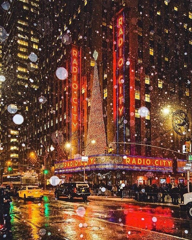 Urban Outfitters Nyc Uonewyork Instagram Photos And Videos New York City Travel New York Christmas City Wallpaper