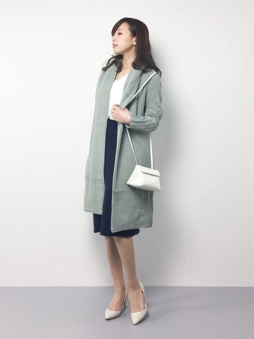 LUGG NAGGのカーディガン「【FLEUR DE KALINA】ニットガウンコート」を使ったJULIA(ZOZOTOWN)のコーディネートです。WEARはモデル・俳優・ショップスタッフなどの着こなしをチェックできるファッションコーディネートサイトです。