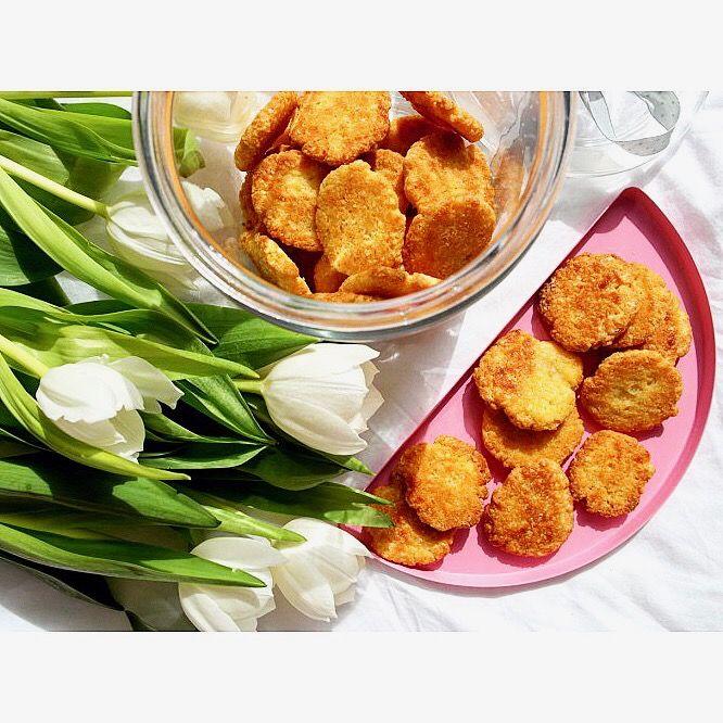 Ciastka są 🍪😃 Czas na spacer 😊☀️ --> Zapraszam na moją stronę na fb https://m.facebook.com/eatdrinklooklove/ ❤ . . Cookies are 🍪😃 Time to walk 😊☀️--> I invite you to my page on fb https://m.facebook.com/eatdrinklooklove/ ❤ .