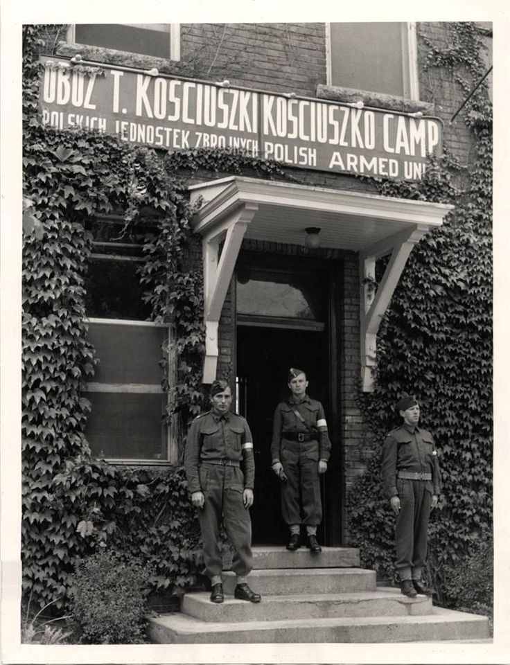 1941- Soldiers stand at entrance to the headquarters of the Polish army training in Canada at Owen Sound.