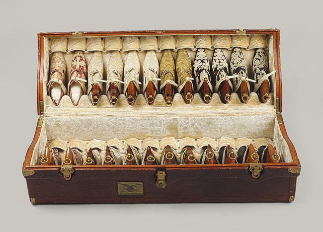 Trunk of shoes, 1914–19  Pietro Yantorny (Italian, 1874–1936)  French  Wood, silk, linen, leather