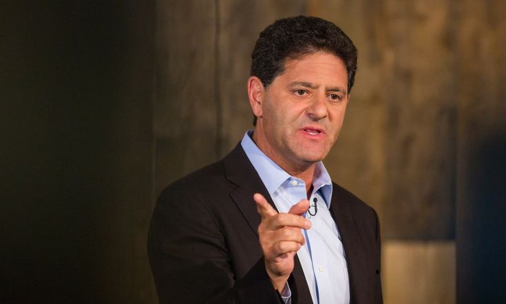 Nick Hanauer is a rich guy, an unrepentant capitalist — and he has something to say to his fellow plutocrats: Wake up! Growing inequality is about to push our societies into conditions resembling pre-revolutionary France. Hear his argument about why a dramatic increase in minimum wage could grow the middle class, deliver economic prosperity ... and prevent a revolution.