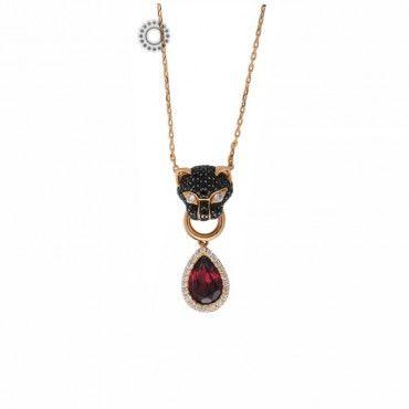 Ιδιαίτερο κολιέ μαύρος πάνθηρας ροζ χρυσός Κ18 με μαύρα & λευκά διαμάντια & κρεμαστή ροζέτα με δάκρυ ροδολίτη. Ένα κομψό κόσμημα με άγριες διαθέσεις! #πανθηρας #ροδολιτης #διαμαντια #χρυσο #κολιε