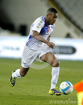 cape-verdean-player-garry-mendes-action-friendly-match-catalonia-verde-olympic-stadium-36396217.jpg (355×450)
