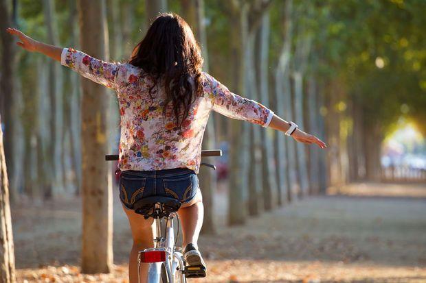 Il est possible de traverser la Belgique ou de se faire des balades en vélo sur mesure grâce à l'ingénieux système de points-noeuds (knooppunten en Flandre). Parfait pour une sortie estivale qui allie tourisme et sport. Voici quelques idées en Belgique.