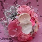 The Patchwork Bride...handmake bouquets out of vintage buttons, vintage brooches and lace.