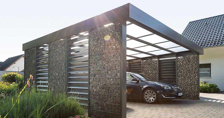 Gabionen-Doppelcarport von Stephan Beyer  In ein Carport kann ein Schuppen oder ein Dachboden integriert werden. Es gibt Carports aus Holz, Stahl, Beton oder auch Glas. Es gibt Carports mit Solardach oder Carports mit Solartankstelle. Carport passen zu jedem Eigenheim da ihr Design und ihre Architektur sehr flexibel und unterschiedlich sind.   Auch diy Carports/ Carports zum selbst bauen sind eine Möglichkeit.