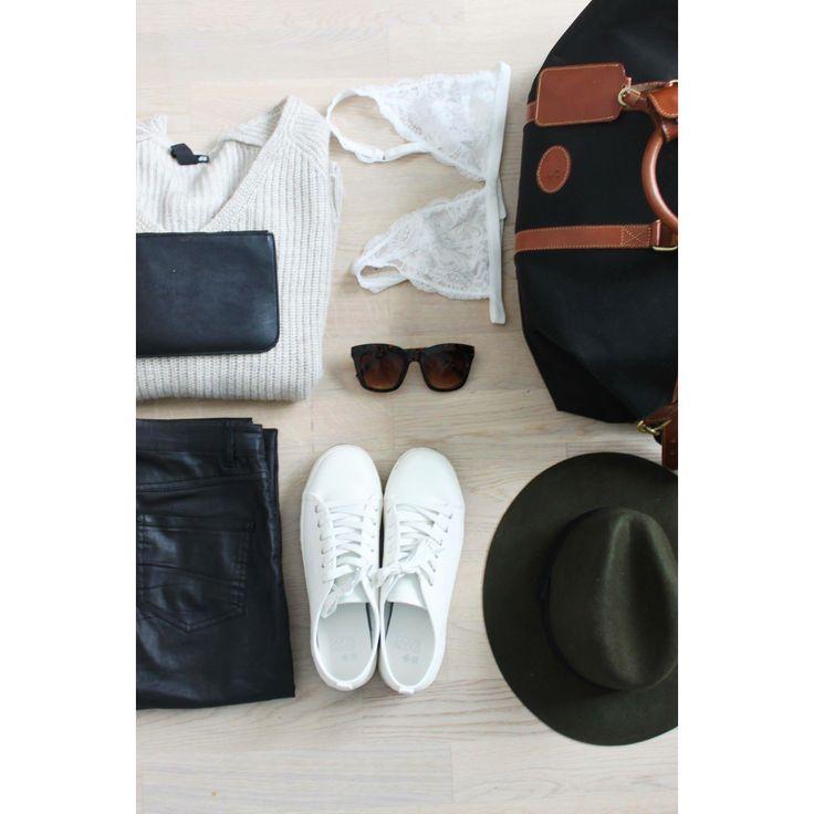 Ready, set , travel !   http://oda-viktoria.squarespace.com/blog/2015/5/7/travel