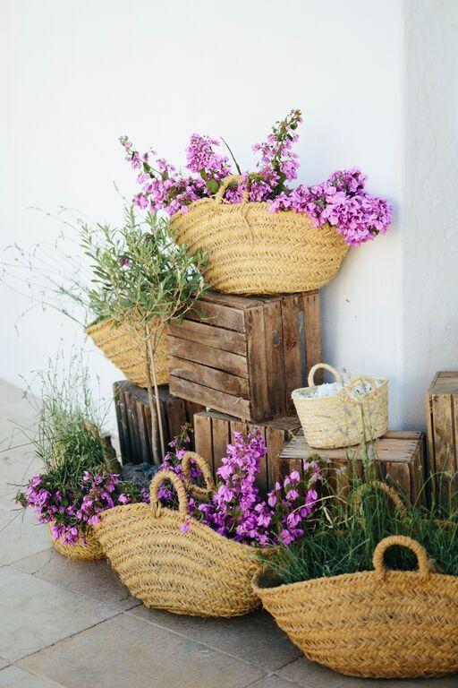 Las 25 mejores ideas sobre centros de mesa de madera en - Decoracion floral para bodas ...