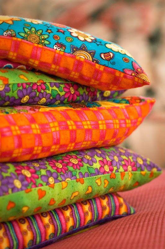 xmas gift idea - handmade microwavable cosies - easy, cheap, cozy!
