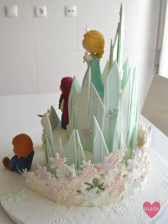 The most amazing Frozen's Birthday Cake