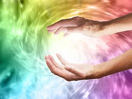 REIKI HEALING - Learn about this amazing energy healing technique and what happens during a Reiki session. Even Dr. Oz recognizes its benefits! Watch video: www.spiritualcoac...