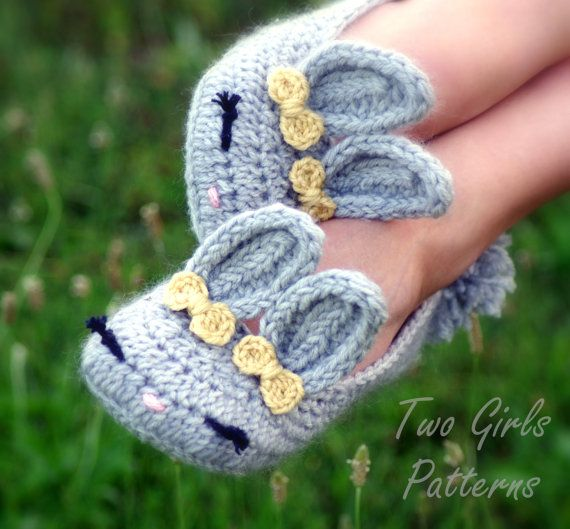 Womens Bunny House Slipper PDF crochet pattern by TwoGirlsPatterns, To Die For!