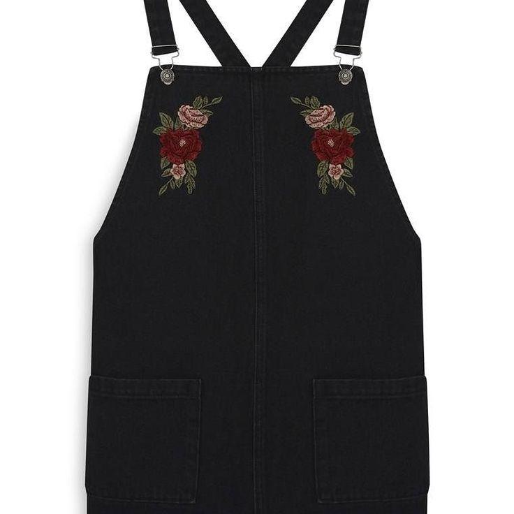 Vestido negro bordado Dungaree  Categoría:#primark_mujer #ropa_de_mujer #vestidos en #PRIMARK #PRIMANIA #primarkespaña  Más detalles en: http://ift.tt/2zEnVvB