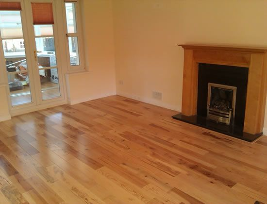 Laminate flooring companies contractor quotes laminate for Laminate flooring contractors