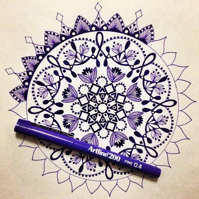 It might be a new year but I'm still up to my old tricks!! #draw #drawing #doodle #doodling #doodleart #mandala #pattern #design #paper #pen #artline #ink #tattoo #art #myart #boho #gypsy #hippy #hippie #inspired #illustration #sketch #wip