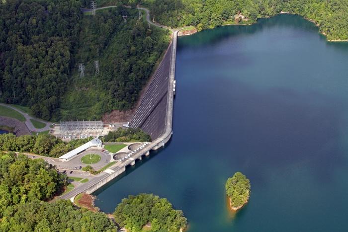 The fontana dam reservoir has become a destination for for Fontana lake fishing