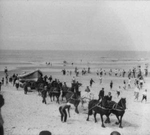 Terschelling, NL 1900 rescueboat with 12 Frisian horses