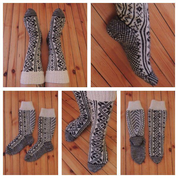 Knitted knee-socks in alpaca yarn.