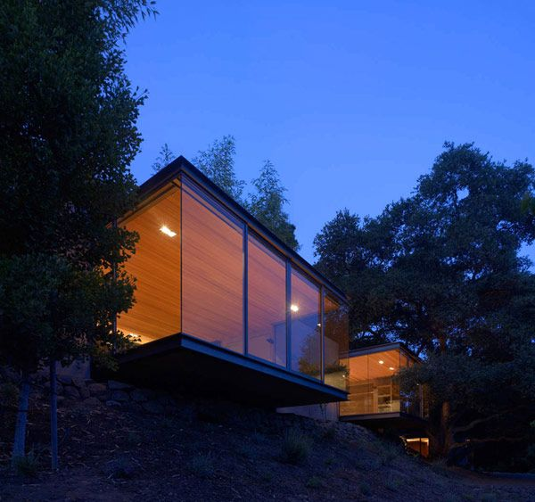 The idea for these minimalist Tea Houses was triggered by the need of a nature retreat, located not far from a family home in Silicon Valley, California, USA.
