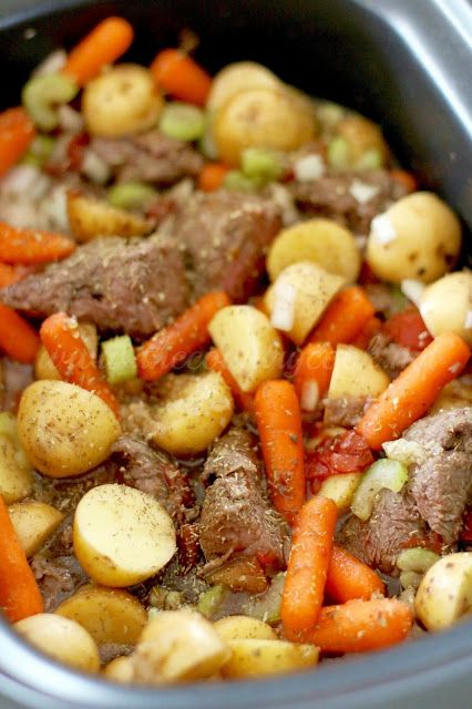 how to make beef stew in a crock pot easy