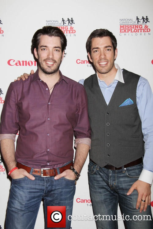 Is it sad that I've been watching a lot of Property Brothers on HGTV and I've fallen in love with these twins? By the way, Drew is better.