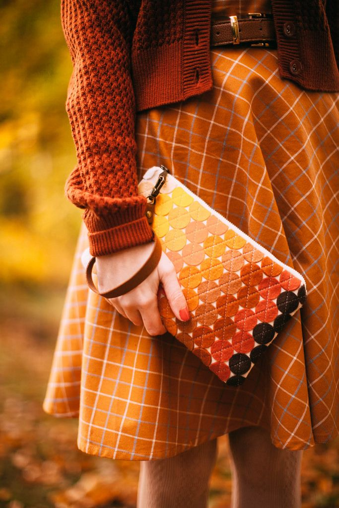 @aclotheshorse all the autumn colors in the bag #fblogger #ootd #fashionblogger #vintagestyle #autumnfashion